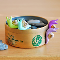 Beach snails ({JooJoo}) Tags: kitchen animal purple shell snail housewares polymerclay lilac lime collectible etsy magnet joojoo aquablue uniquegift pcagoe casipansea