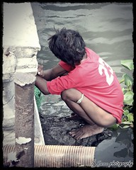 manong (endangered chiq) Tags: photowalk rhane kahirapan flickristasindios earthasia indiosssjuly12 endangeredchiq