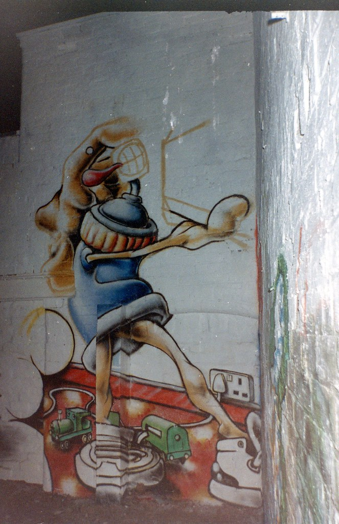 Ladder Sitter dreamer, the Alas-can-tan man