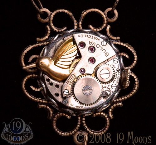 WINDUP BIRD Vintage Steampunk Necklace by 19 Moons