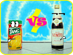 TANG vs VIMTO (Cherie) Tags: orange color fight drink juice battle ramadan liquid cherie tang vimto noonah cheriee tangvsvimto