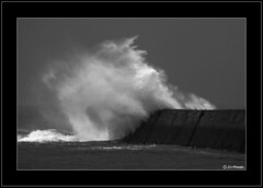 Sea Show ! (jo.pensel) Tags: blackandwhite bw storm vent waves wind noiretblanc bretagne breizh vague bzh tempte finistre pensel audierne blackwhitephotos esquibien jopensel goldenvisions sainteevette