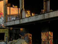 Last rays of the sun (Eva the Weaver) Tags: trash gteborg graffiti sweden gothenburg demolition warehouse graff waterloogatan