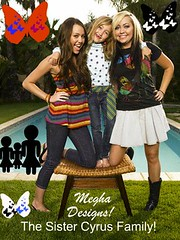 The Cyrus Sister Family! ('m  gfy gober ) Tags: girls portrait people musician music sisters children outdoors women fulllength performingarts siblings few teenager americans prominentpersons singers celebrities whites females humanrelationships groupportrait adults countrymusic youngadults teenagegirl youngadultwoman mileycyrus noahlindseycyrus brandiglenncyrus