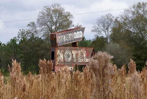 Underwood Motel 4, close up.