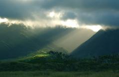 [フリー画像] 自然・風景, 山, 日光・太陽光線, ハワイ州, 201005052300