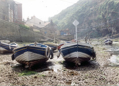 staithes 129 (zaphad1) Tags: staithes fishing village boats boat harbour harbor old photo beck north yorkshire coast coastal zaphad1 creative commons
