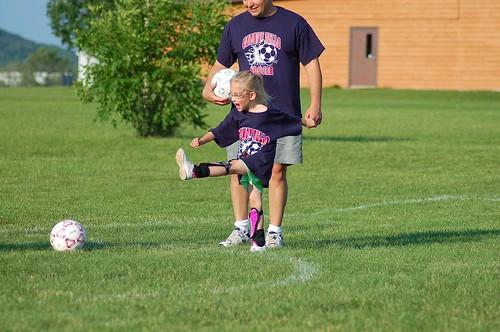 Nice kick Lindsey!