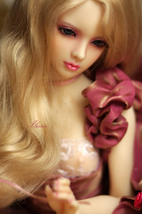 Iliana (Yulchek) Tags: beautiful real doll gorgeous elf bjd dollfie realistic iliana limhwa limhwahalfelf