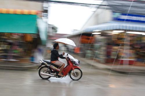 Panning in rainy Thailand 2008