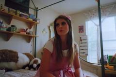 (sdfsdgwg) Tags: girl doll minolta minoltasrt101