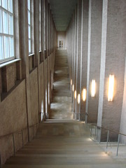 Alte Pinakothek Stairs: The architecture of the building is impressive in itself
