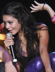 Vanessa Hudgens live performance (Randy Orton) Tags: girls vanessa woman girl concert women live performance sweaty sweat sweating hudgens