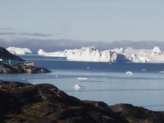 Udsigt til isbjergene ved Isfjordens udlb (pingvin2007) Tags: grnland ilulissat isbjerge