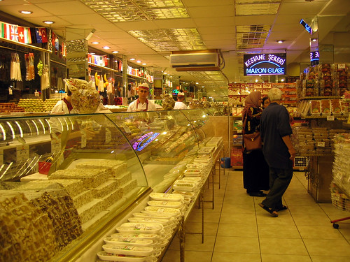 Buying lokum (Turkish delights)