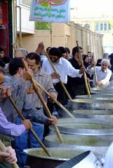 (kian1) Tags: ایران اصفهان ایرانی آش نذری ایرانیان نذر آشرشته نیمهشعبان