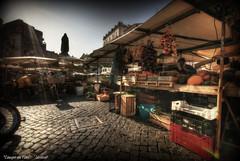 Campo de' Fiori (Seracat) Tags: street italy rome roma square italia market mercado campo piazza fiori hdr carrer italie campodefiori mercat plaça sigma1020 sonya100 seracat