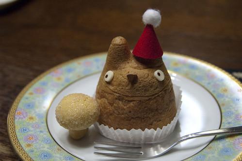 トトロのシュークリーム クリスマスバージョン