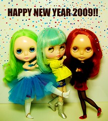 Happy & colourful new year!!!! (Blythemaniaco) Tags: new colour fashion hair rouge happy doll noir rice year moda colores sally fantasy amaryllis blythe prima dolly miss limited edition msr pelo rn mueca delirio ebl rbl ronnette pnelope