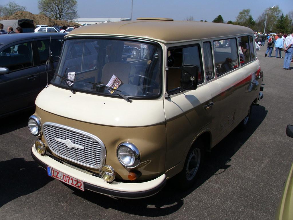 Barkas B1000 Bus -1-