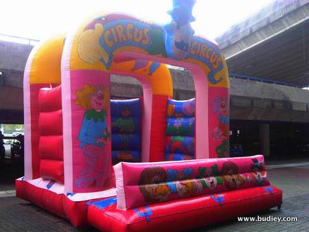 Activities - Inflatable Games