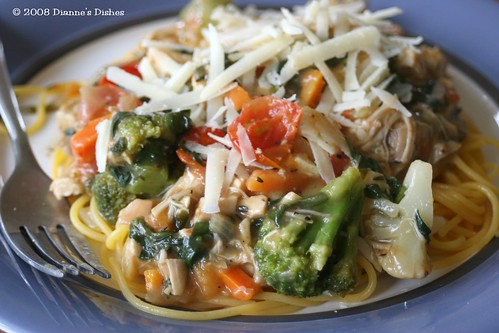 Creamy Vegetable and Chicken Pasta