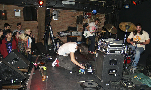 03.26c Health @ Mercury Lounge (08)