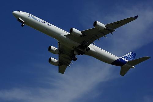 Airbus A340-600 - IMGP2067