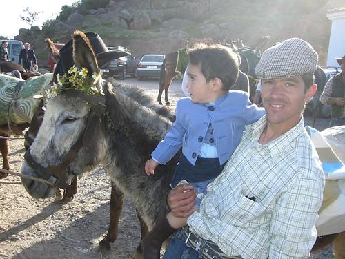Gorri, Roberto y el burrillo