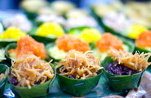 Sticky rice treats at Khanomthai Kao Peenong, a family-owned sweets shop at Bangkok's Or Tor Kor Market