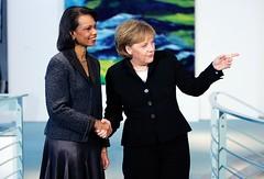 73016967CK011_Merkel_Meets_