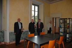 Inaugurazione della nuova sede della Biblioteca di Giussano (Ottobre 2005) (brianzabiblioteche) Tags: biblioteca brianza biblioteche giussano villasartirana brianzabiblioteche bibliogiussano emerobrianza