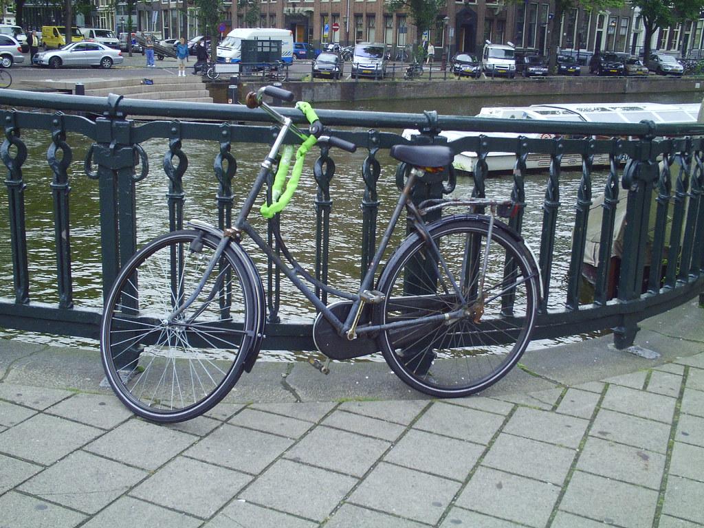 "28"" bikes everywhere"