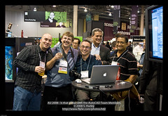 AU 2008 - Is that a Mac with the AutoCAD Team Members