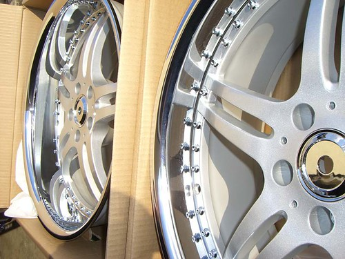 20x8.5 & 20x10 Silver Chrome Lip Wheels for Mercedes E Class