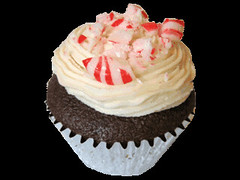 Candy Cane Cupcake, photo c/o Wish-Cake