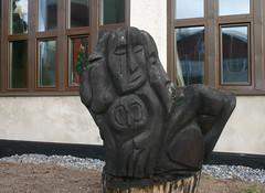 Chainsaw Carving (Steffe) Tags: sculpture art sweden haninge handen hantverkarvgen lennartjansson handensindustriomrde