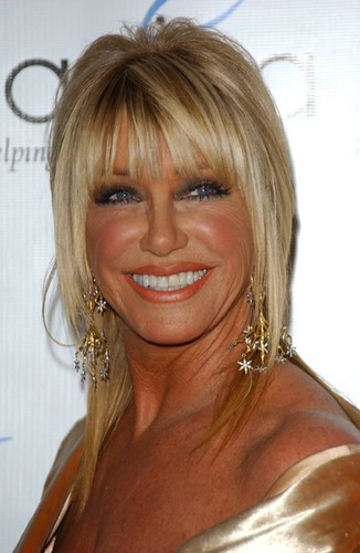 Suzanne Somers At Triumph Of The Spirit Awards