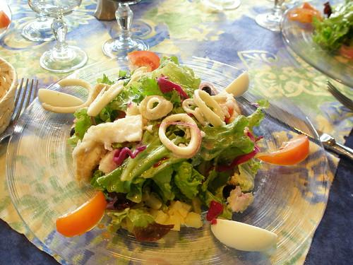 21.12.08 Lunch at Les Tilleuls in Souillac - Starters - Salade de morue et calamares avec vinaigrette de tomate