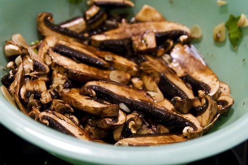 shrooms, marinating