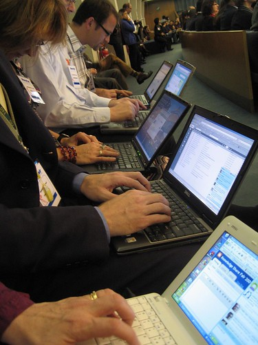 Live blogging at Share Fair in Rome, 09