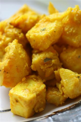 potato curry, aloo paneer
