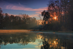 sun rays and reflections (Marc Crumpler (Ilikethenight)) Tags: morning trees usa fog clouds sunrise canon reflections landscape kayak lakes southcarolina sunrays goosecreek tamron1750 40d mywinners canon40d