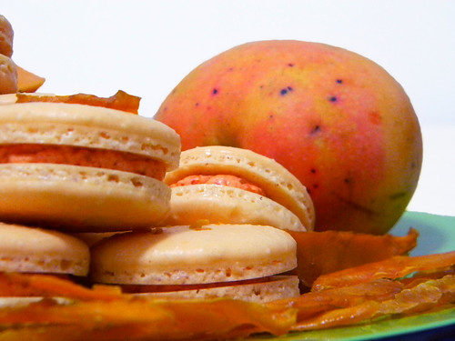 Mango Macarons 3