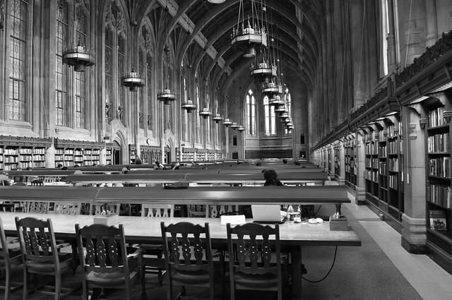 Hogwarts-library-UW