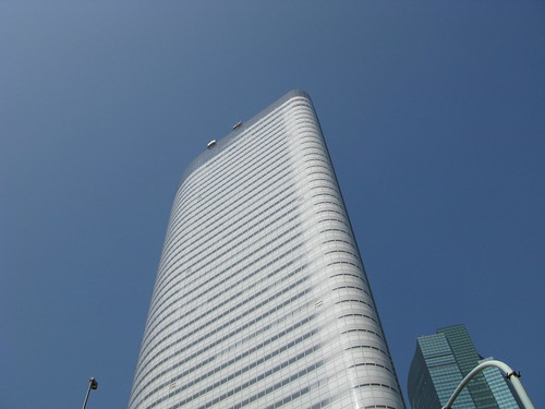 Dentsu Building, Jean Nouvel