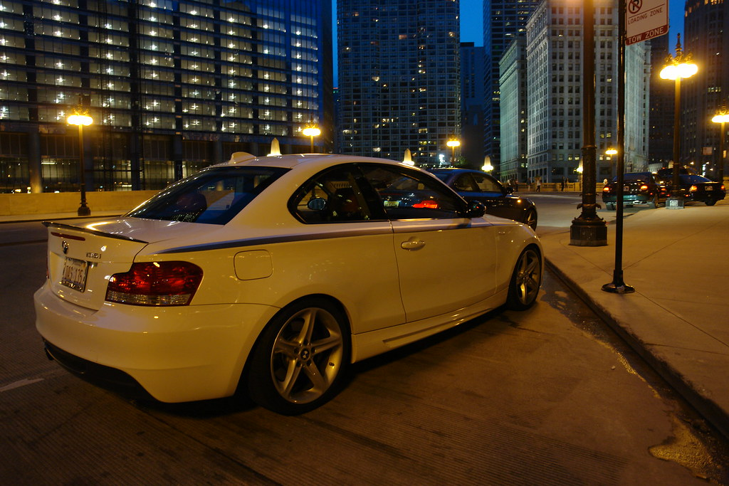 BimmerFile Review: BMW 135i Auto - BimmerFile
