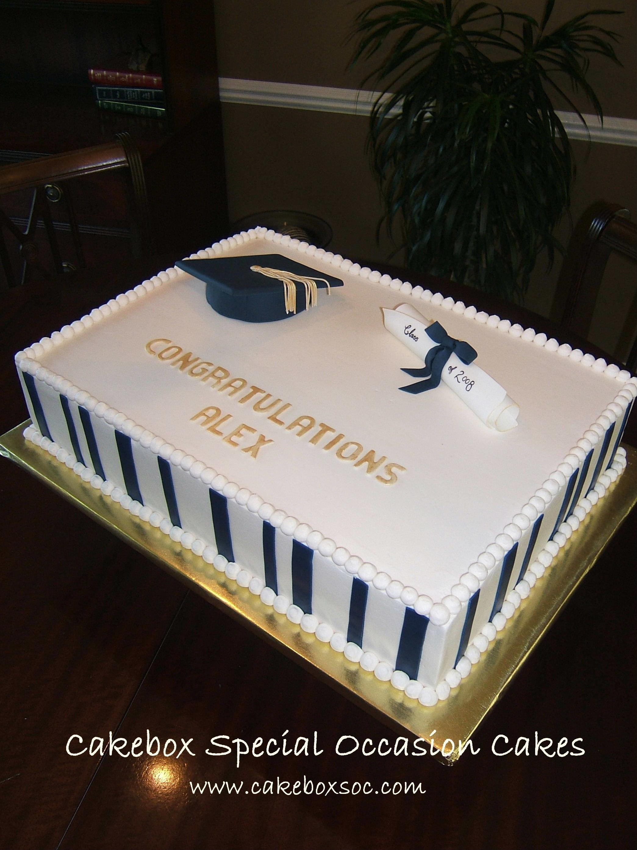 Simple Grad Cake