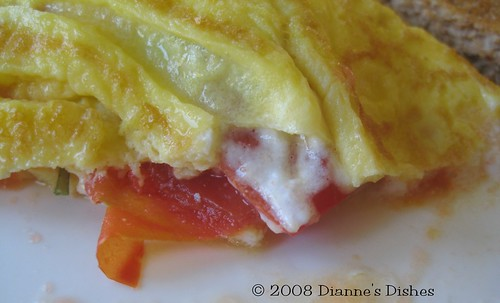 Tomato Goat Cheese Omelet: Up Close