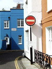 Divieto (Ulfio) Tags: street london chelsea strada cartello londra divieto quartiere